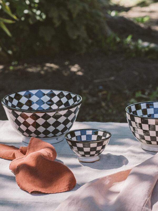 Ensaladeras y cuencos de cerámica de Fez, línea ajedrez